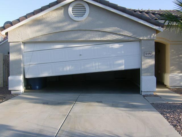 repair-garage-door-off-tracks-murraytown-nc